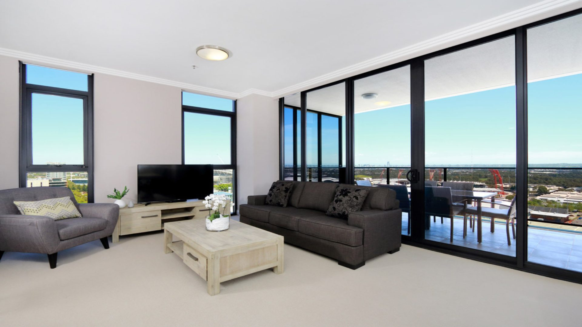 Australia Towers Floor 17 Unit 3 Bedrooms Olympic Park View Holiday